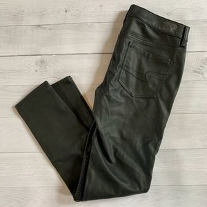 American Eagle Jegging Black Faux Leather